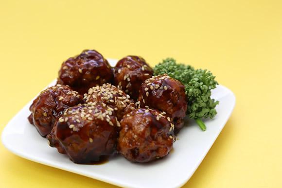 生活クラブの冷凍ひき肉が美味しくて使う分だけ取り出せる便利さに感動