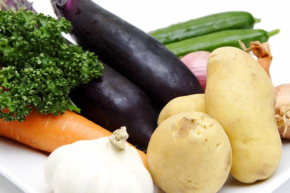 子供の離乳食にオイシックスの美味しくて安全なサツマイモや人参を利用
