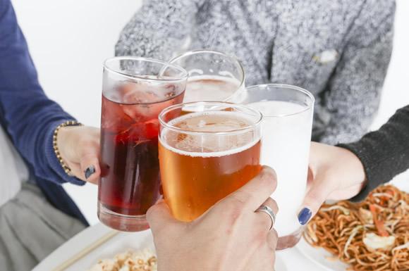 お酒まで!食材宅配でワイン・日本酒・ビールなどのアルコールが買える